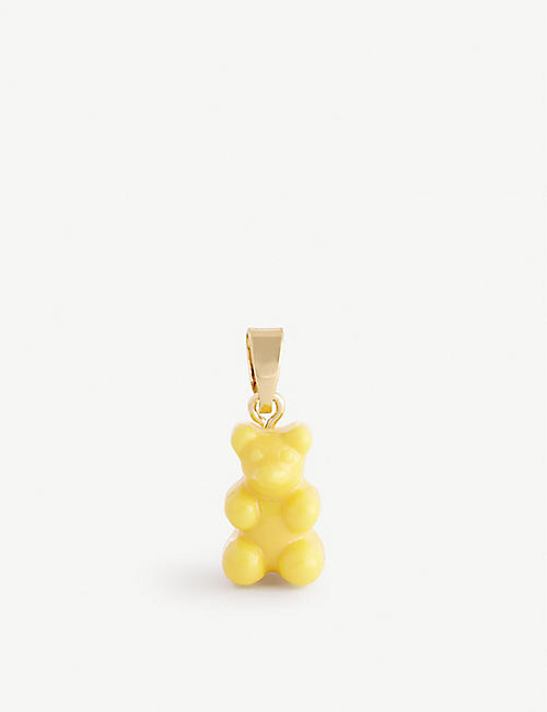 CRYSTAL HAZE: Nostalgia bear-shaped 18ct yellow gold-plated brass and resin charm